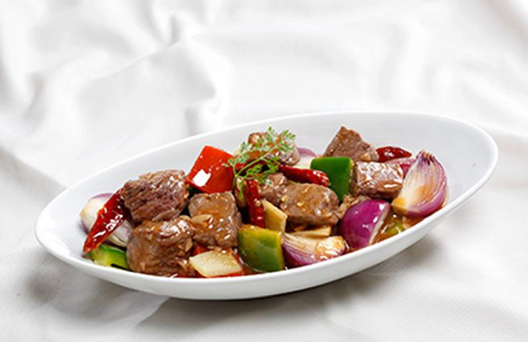 stir fried beef with dried chili